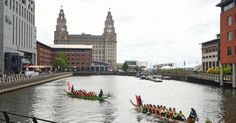 Crews battle for glory as dragon #boats race in shadow of the Three Graces