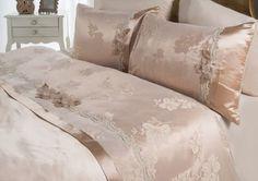 LUCILA NEVRESİM TAKIMI BEJ #homesweethome #bej #pillow #yastık #bedcover #nevresimtakımı #yumuşak #bedroomideas #yatakodasıfikirleri#evtekstili #fluffy#yumuşacık