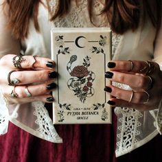 A botanical Oracle rooted in mythology and infused with plant magick, the Pythia Botanica offers 48 hand-illustrated cards by Nicole Rallis of Leila + Olive.