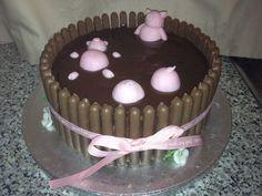 Piggy Mud Cake - Made with sponge cake, chocolate fingers & chocolate fudge icing with sugar paste piggies :D