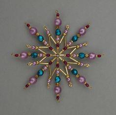 Vánoční hvězda z korálků                                                                                                                                                     More