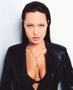 Photo Session | 2003 - Angelina Jolie : Lorenzo Agius