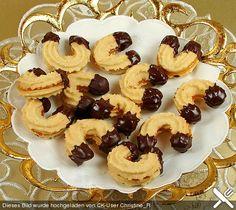 Linzer Kipferl, ein schönes Rezept aus der Kategorie Kekse & Plätzchen. Bewertungen: 170. Durchschnitt: Ø 4,6.