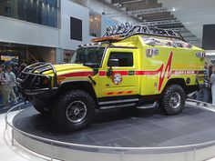 Hummer Ambulance, wonder how much room is in the back.