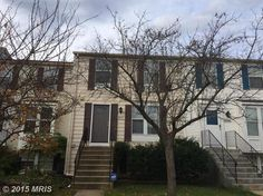 3 bedrrom 2.5 Bath 3 level town home just mintues from I -95, The Springfield Mall, and Fairfax County PKWY..listed for $350,000