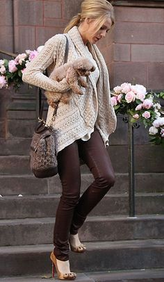 Love this style, except I would typically be carrying a cat.