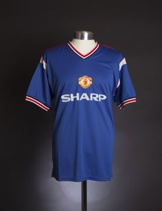 d2624cac2cc Manchester United 1985 Third shirt Retro Football Shirts