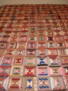 Log-Cabin-Quilt-1860s-1880s-Browns-anfd-Pinks-Cotton-Linen