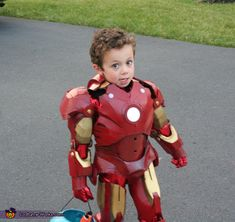 Iron Boy Costume - Photo 2/4