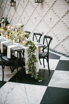 Real Weddings: Caleb & Liz @ Oxford Exchange // Shannon Kirsten