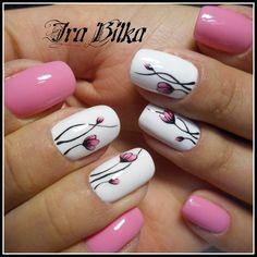 Нежно-розовый маникюр фото