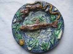 Superbe petit plat borbotine Thomas Sergent poissons grenouille