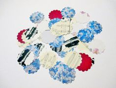 2 Paper Confetti Flowers by TheSupplyDestash