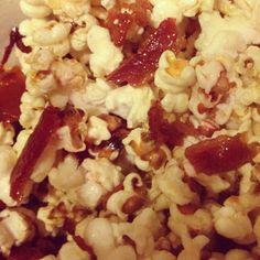 Maple Bacon Popcorn #littlecookinthebigcity