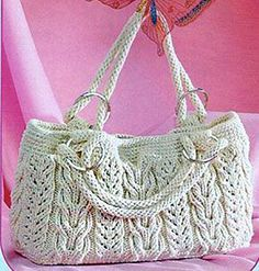This Pin was discovered by Све Crochet Handbags, Crochet Purses, Handmade Handbags, Handmade Bags, Baby Knitting Patterns, Hand Knitting, My Bags, Purses And Bags, Yarn Projects