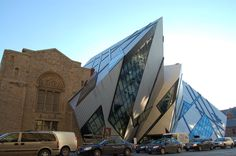 25 Pieces Of Old Architecture Meeting New in Perfect Harmony Royal Ontario Museum Crystal Building, Canada