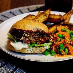The Whole Shebang Black Bean Burgers - twimii Burger And Chips, Burger Mix, Gluten Free Buns, Black Bean Burgers, Vegan Burgers, Leftovers Recipes, Roasted Sweet Potatoes, Bean Soup, Food 52