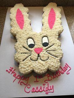 Easter Bunny Cupcakes, Easter Cookies, Fun Cupcakes, Birthday Cupcakes, Bunny Cakes, Pull Apart Cupcake Cake, Pull Apart Cake, Cupcake Frosting Recipes, Cupcake Cakes
