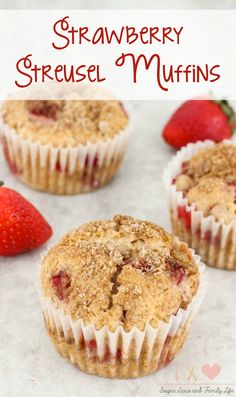 Strawberry Streusel Muffins are delicious for breakfast or as a snack. Each strawberry muffin is filled with fresh strawberries and covered with a streusel topping. – Strawberry Streusel Muffins Recipe from Sugar, Spice and Family Life Strawberry Banana Muffins, Strawberry Muffin Recipes, Banana Oat Muffins, Strawberry Muffins, Bran Muffins, Breakfast Muffins, Banana Mix, Rhubarb Muffins, Quinoa Muffins