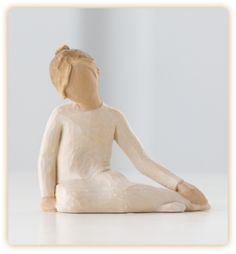 Thoughtful Child from Willow Tree by Susan Lordi.nurtured by your loving care. 3 H. Willow Tree Statues, Willow Figurines, Willow Tree Engel, Willow Tree Figuren, Family Sculpture, Disney Traditions, Kids Lighting, Clay Figures, How To Pose
