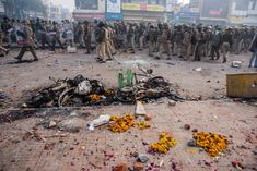 As President Trump praised India's Hindu nationalist leaders for their work on religious freedom, hardline government supporters were rampaging through New Delhi hunting Muslims. Aam Aadmi Party, Vice News, History Major, Man Kill, Make Way, Best Careers, Reality Tv Shows, Mug Shots, Muslim