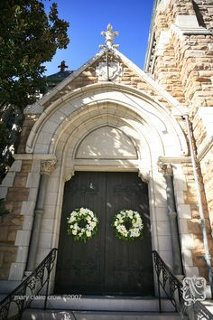 Christ Church Cathedral on Broadway in downtown Nashville adorned with wreaths from The Tulip Tree.