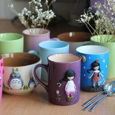 Как меня все это вдохновляет! Собирала по всему городу однотонные кружки разных форм, наконец нашла ложечки с тонкими ручками, теперь все ночи мои))) И погода наконец радует, сегодня я абсолютно счастлива! ❤      #полимернаяглина #пластика #кружка #декоркружки #своимируками #sweet_craft #polymerclay #cup #handmade