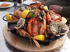 10 AMAZING SEAFOOD RESTAURANTS IN CAPE TOWN