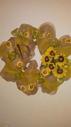 Sunflower mesh wreath, made by DanaRae De La Cruz