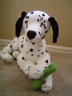 Ravelry: Perfect Pups, Dalmatian pattern by Alan Dart