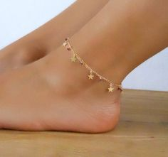 Star Charms And Beads Anklet, Gold Star Anklet, Delicate Gold Anklet, Layering Anklet, Gold Foot Jew Simple Jewelry, Cute Jewelry, Jewelry Accessories, Jewelry Design, Jewlery, Silver Jewelry, Jewelry Ideas, Silver Ring, Jewelry Quotes