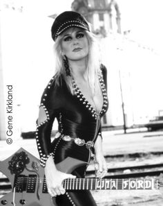 Lita Ford date and location unknown Female Guitarist, Female Singers, Rock And Roll Fantasy, Heavy Metal Girl, Lita Ford, Cinema, Women Of Rock, Rocker Girl, Gentlemen Prefer Blondes