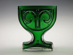 Riihimaki 'Viktoriana' green cased glass vase by Helena Tynell