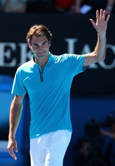 Roger #Federer cruising through to Round two #AustralianOpen2013