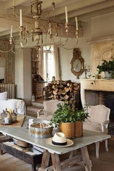 Marvelous French Country Dining Rooms Decoration Ideas - Page 59 of 99 French Country Dining Room, French Country Kitchens, French Country Farmhouse, French Country Decorating, Farmhouse Style, Vintage Farmhouse, French Cottage, Vintage French Decor, French Rustic Decor