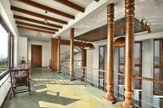 Ajay Patel Residence | Dipen Gada & Associates Hall Interior Design, Interior Balcony, Home Stairs Design, Home Building Design, Dream Home Design, Building A House, Indian Home Design, Kerala House Design, Bungalow House Design