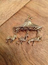 Carousel Merry Go Round Pin Brooch