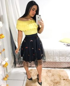 Modelos juvenil Dressy Outfits, Modest Outfits, Skirt Outfits, Modest Fashion, Teen Fashion, Cool Outfits, Summer Outfits, Fashion Dresses, Autumn Outfits