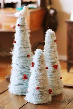Como hacer un arbol de navideño decorativo con hilo