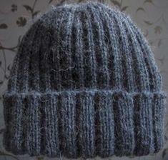 Crochet Slippers, Knit Crochet, Crochet Hats, Beanie Knitting Patterns Free, Knit Patterns, Small Knitting Projects, Pony Beads, Knitting Accessories, Drops Design