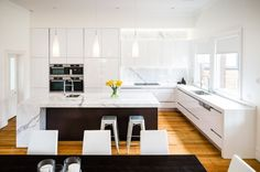 plan de travail marbre pour la cuisine blanche