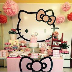 Festa fofa Hello Kitty por @dondocasslz  #kikidsparty