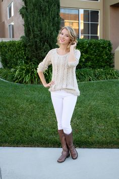 chunky sweater with white skinny jeans and boots