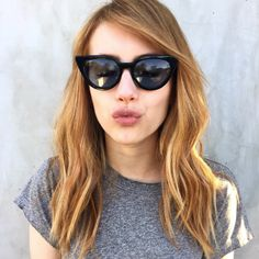 Emma Roberts Dyes Hair Color & Goes From Blonde To Brunette : Beauty : Fashion Times