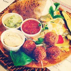 falafel plate japanVESPERA's falafel