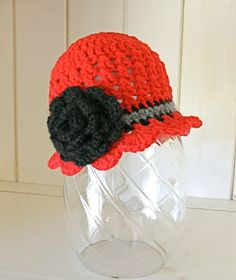 scalloped edge beanie with flower