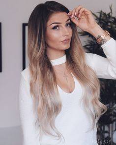 Giggle×Girl Girly Things, Locks, Makeup Looks, Winter Fashion, Long Hair Styles, Outfits, Reflection, Beauty, Tattoos