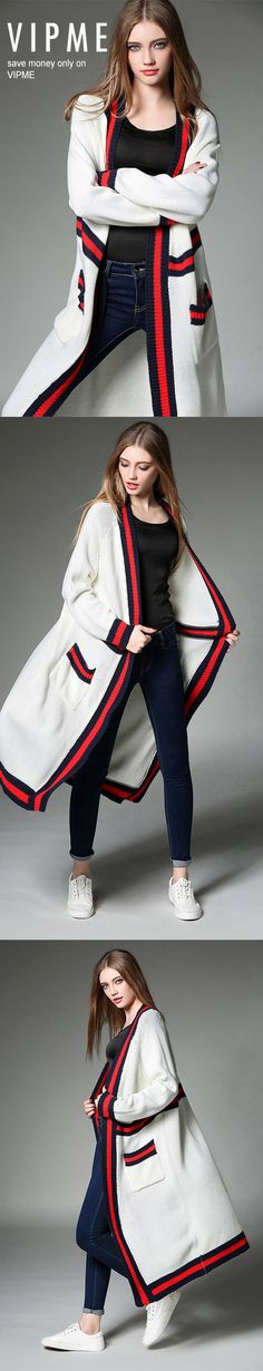 The trench open cardigan is definitely a new brilliant work from our young designers. Simple and practical, looks cool and feels warm. Come and grab your cardigan on vipme.com now!