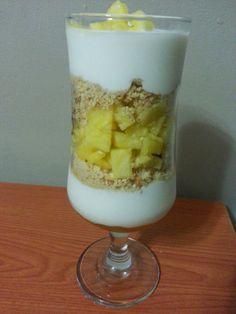 Mais Beatus Ille - Receitas simples, culinária fácil e gastronomia curiosa: Parfait de iogurte e abacaxi
