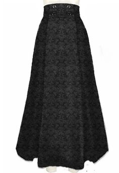 Victorian walking skirt by Amber Middaugh